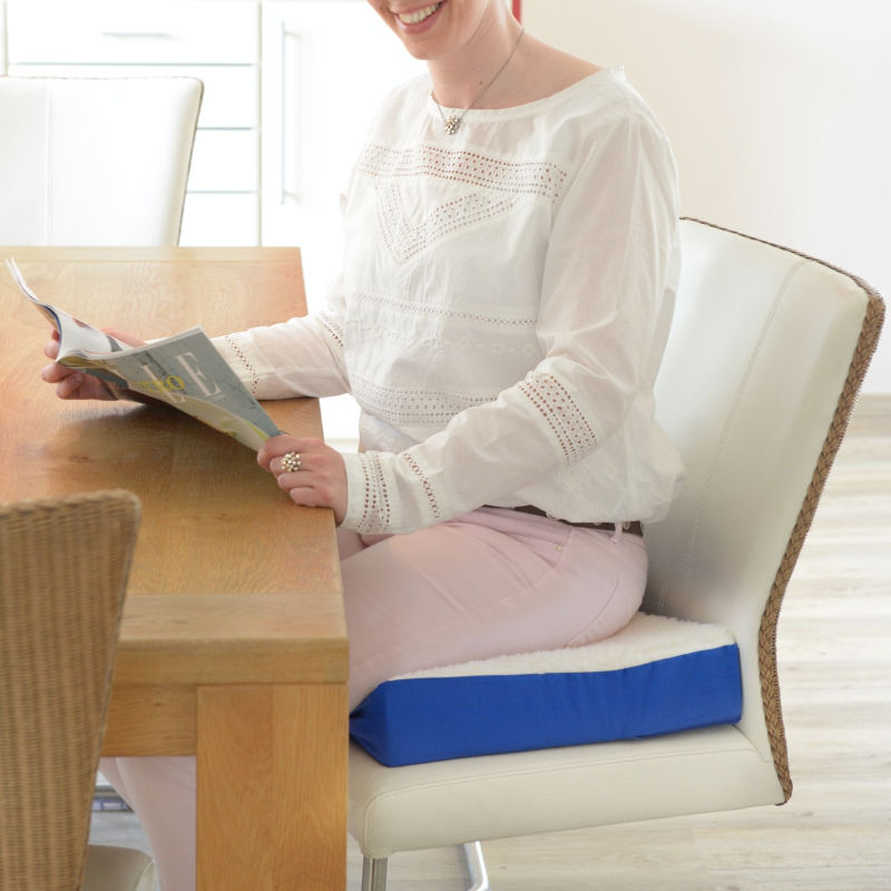 604 Komfort-Sitzkissen blau/natur